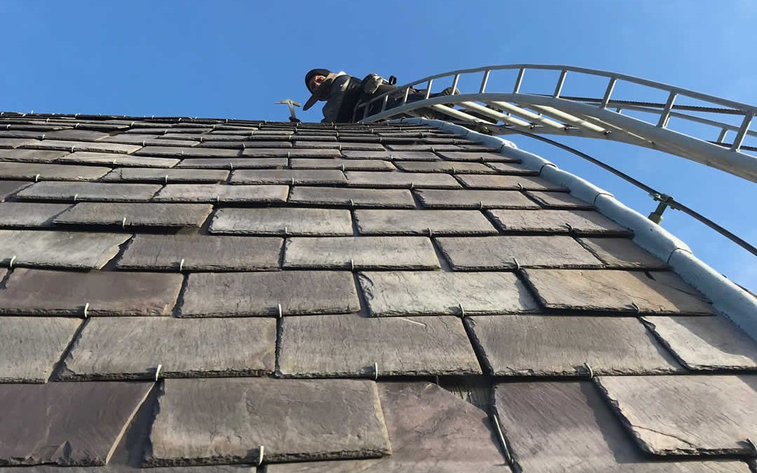 Onderhoud leistenen dak
